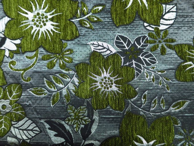 Cheap Jacquard Green Floral Pattern Chenille Upholstery Fabric With Sofas